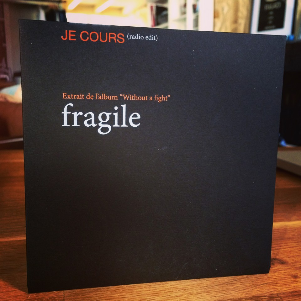 'JE COURS' single 1 CD (radio edit)